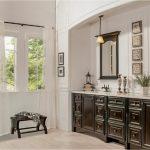 bathroom-cabinets-in-Marietta-ga-black-shiny-vanity