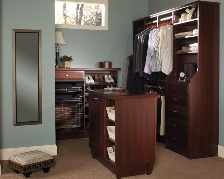 Wellborn Closet Cabinet Gallery   Kitchen Cabinets ...